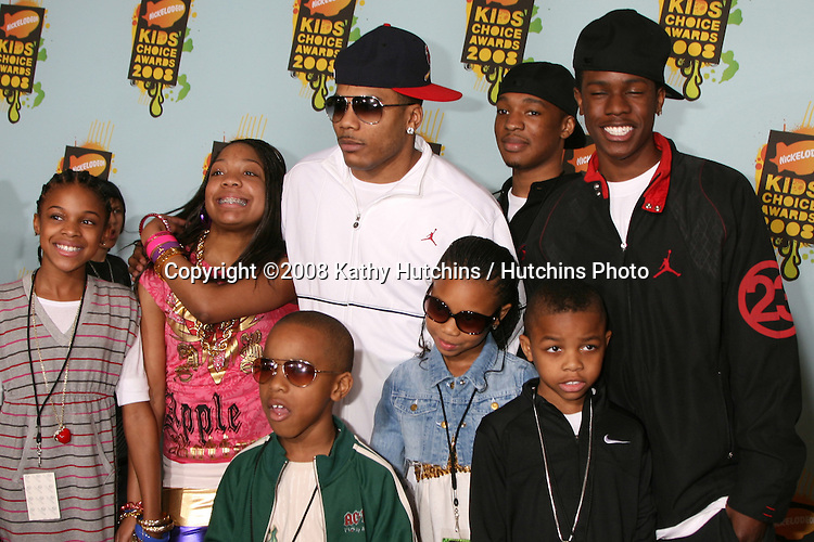 Nelly with friends and family.2008 Nickelodeon's Kids' Choice Awards.UCLA pauley Pavilion.Westwood, CA.March 29, 2008.©2008 Kathy Hutchins / Hutchins Photo