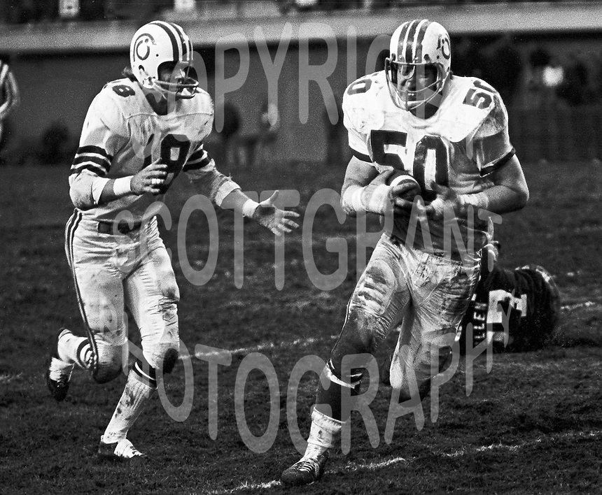 Bob Storey Charles Collins Montreal Alouettes 1970. Photo Ted Grant