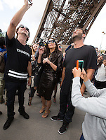 Kim Kardashian goes to the Eifel Tower in Paris - France