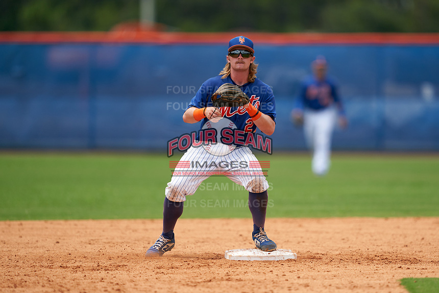 GCL Mets second baseman Nick Conti (27) waits for a throw during a Gulf Coast League game against the GCL Marlins on August 11, 2019 at St. Lucie Sports Complex in St. Lucie, Florida.  GCL Marlins defeated the GCL Mets 3-2 in the second game of a doubleheader.  (Mike Janes/Four Seam Images)