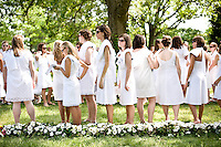 The daisy chain ceremony on Meredith Class Day 2009.