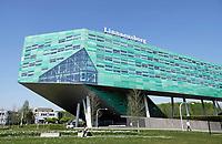 Nederland  Groningen 2019 .De Linnaeusborg op de Zernike Universiteitscampus. De Linnaeusborg is het gebouw voor levenswetenschappen. Het gebouw is een ontwerp van de architect Rudy Uytenhaak . Foto Berlinda van Dam / Hollandse Hoogte