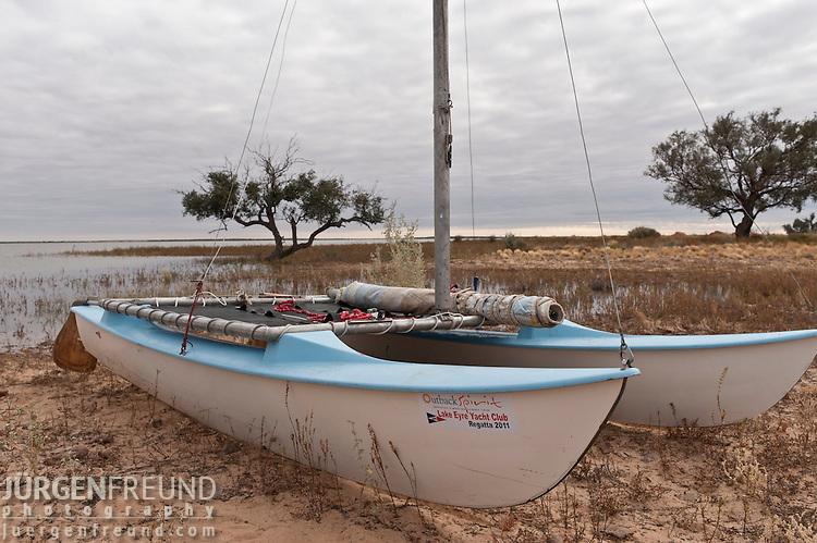 Lake Eyre Yacht Club  regatta