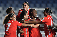 CALI - COLOMBIA, 24-09-2019: Carolina Pineda del América celebra después de anotar el segundo gol de su equipo partido por la final ida de la Liga Femenina Aguila 2019 entre América de Cali e Independiente Medellín jugado en el estadio Pascual Guerrero de la ciudad de Cali. / Carolina Pineda of America celebrates after scoring the second goal of his team during first leg final match as part of Aguila Women League 2019 between America de Cali and Independiente Medellin played at Pascual Guerrero stadium in Cali. Photo: VizzorImage / Gabriel Aponte / Staff