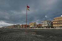 Ostia, 2 Novembre, 2017. Un pontile tratto della spiaggia di Ostia