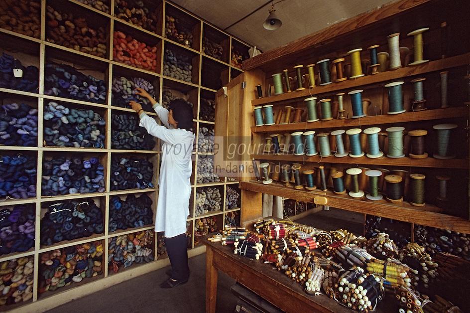 Europe/France/Limousin/23/Creuse/Aubusson: Atelier Tabard - Magasin des laines et cotons<br /> PHOTO D'ARCHIVES // ARCHIVAL IMAGES<br /> FRANCE 1980