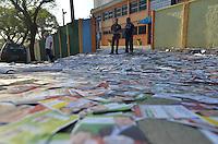 ATENCAO EDITOR IMAGENS EMBAGADAS PARA VEICULOS INTERNACIONAIS - SAO PAULO, SP, 30 SETEMBRO 2012 - VELORIO HEBE CAMARGO - XXXXXXXX comparece ao velório do corpo da apresentadora Hebe Camargo, no Palácio dos Bandeirantes, sede do Governo do Estado de São Paulo, na capital paulista, na madrugada deste domingo, 30. Hebe morreu hoje aos 83 anos, de parada cardíaca, na sua casa no bairro do Morumbi, na capital paulista. Diagnosticada com câncer no peritônio em janeiro de 2010, ela lutava contra a doença desde então. (FOTO: LEVI BIANCO / BRAZIL PHOTO PRESS).