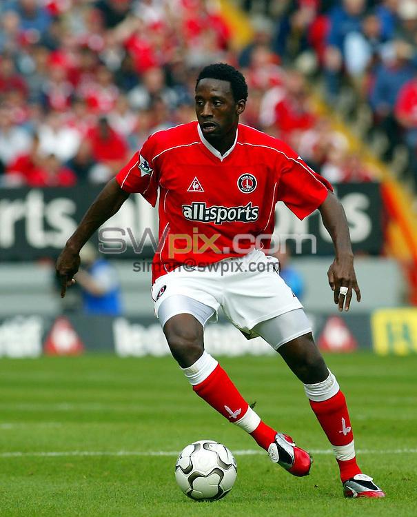 Pix: Rob Matthews/SWpix.com.  Soccer. FA Barclaycard Premiership. Charlton v Manchester United. 28/09/2002...COPYRIGHT PICTURE>>SIMON WILKINSON>>01943 436649>>..Charlton's Jason Euell.