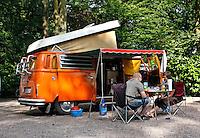 Toeristen op vakantie in Nederland