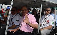 SAO PAULO SP, 05 Maio 2013 - Formula Indy  -   Warm UP para a Itaipava São Paulo Indy 300 Nestlé no autódromo de rua do Anhembi na zona norte de Sao Paulo, neste domingo , 05. na foto o governador Geraldo Alckmim  (FOTO: ALAN MORICI / BRAZIL PHOTO PRESS).