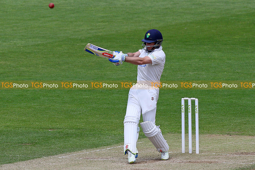 Mark Wallace hits six runs for Glamorgan - Glamorgan CCC vs Essex CCC - LV County Championship Division Two Cricket at the SWALEC Stadium, Sophia Gardens, Cardiff, Wales - 20/05/15 - MANDATORY CREDIT: TGSPHOTO - Self billing applies where appropriate - contact@tgsphoto.co.uk - NO UNPAID USE