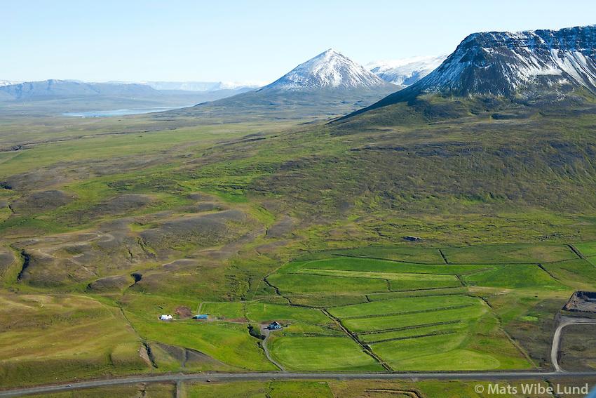 Brekkukot séð til austurs, Húnavatnshreppur áður Sveinsstaðahreppur /  Brekkukot viewing east. Hunavatnshreppur former Sveinstadahreppur.