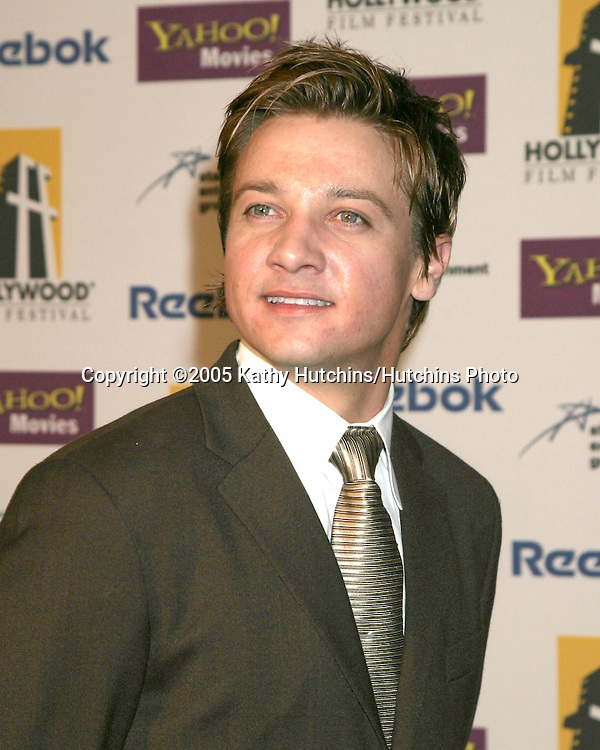 Jeremy Renner.Hollywood Film Festival Gala.Beverly Hilton Hotel.Los Angeles, CA.October 24, 2005.©2005 Kathy Hutchins / Hutchins Photo...