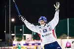 Stockholm 2014-11-14 Bandy Elitserien Hammarby IF - Edsbyns IF :  <br /> Edsbyns Simon Jansson firar sitt 4-8 m&aring;l i slutskedet av  matchen mellan Hammarby IF och Edsbyns IF <br /> (Foto: Kenta J&ouml;nsson) Nyckelord:  Elitserien Bandy Zinkensdamms IP Zinkensdamm Zinken Hammarby Bajen HIF HeIF Edsbyn EIF Byn jubel gl&auml;dje lycka glad happy