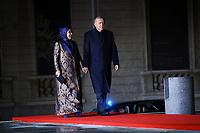 Recep Tayyip Erdogan ( President Turc ) et sa femme Emine<br /> Parigi 10-11-2018 <br /> Museo d'Orsay Cena Ufficiale Capi di Stato <br /> Commemorazione 100 anni dalla fine della Grande Guerra, Prima Guerra Mondiale <br /> Foto Gwendoline LeGoff/Panoramic / Insidefoto