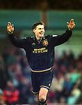 061194 Aston Villa v Manchester Utd