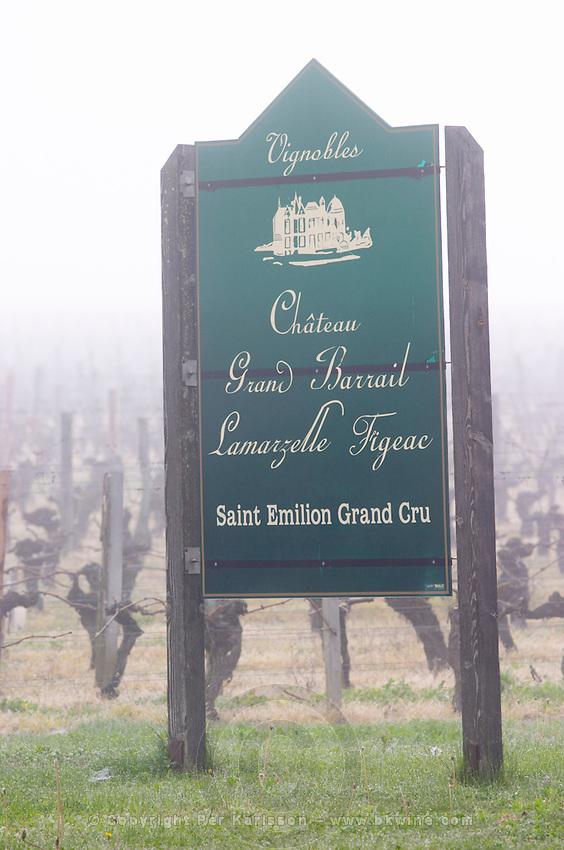 sign fog chateau grand barrail lamarzelle figeac saint emilion bordeaux france