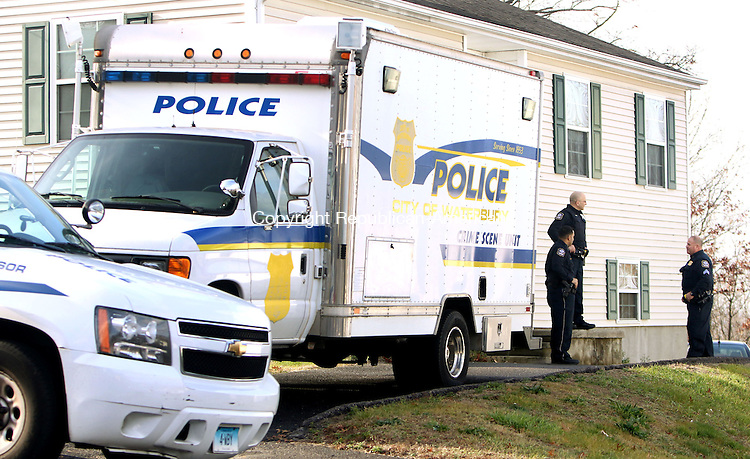 WATERBURY CT. 26 November 2015-112715SV07-Police investigate a possible untimely death at 279 Capital Avenue in Waterbury Friday.<br /> Steven Valenti Republican-American