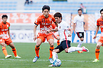 Urawa Reds Midfielder Sekine Takahiro (R) in action against Jeju United Defender Chung Woon (R) during the AFC Champions League 2017 Round of 16 match between Jeju United FC (KOR) vs Urawa Red Diamonds (JPN) at the Jeju Sports Complex on 24 May 2017 in Jeju, South Korea. Photo by Yu Chun Christopher Wong / Power Sport Images