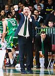 S&ouml;dert&auml;lje 2015-04-10 Basket SM-Semifinal 5 S&ouml;dert&auml;lje Kings - Sundsvall Dragons :  <br /> S&ouml;dert&auml;lje Kings tr&auml;nare headcoach coach Vedran Bosnic gestikulerar under matchen mellan S&ouml;dert&auml;lje Kings och Sundsvall Dragons <br /> (Foto: Kenta J&ouml;nsson) Nyckelord:  S&ouml;dert&auml;lje Kings SBBK T&auml;ljehallen Sundsvall Dragons portr&auml;tt portrait
