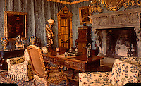 Hearst Castle: South Doges Bedroom  (Finley-Holiday Films)