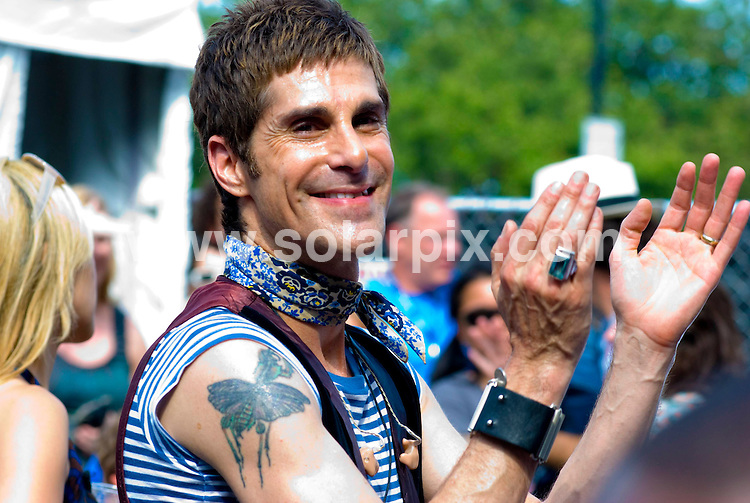 **ALL ROUND PICTURES FROM SOLARPIX.COM**.**SYNDICATION RIGHTS FOR UK, SPAIN, PORTUGAL, AUSTRALIA, S.AFRICA & DUBAI (U.A.E) ONLY**.Lollapalooza Music Festival 2008 Day 3. Grant Park, Chicago, USA. 3rd August 2008..This pic: Perry Farrell..JOB REF: 6955 PHZ/Adam Bielawski    .DATE: 03_08_2008.**MUST CREDIT SOLARPIX.COM OR DOUBLE FEE WILL BE CHARGED* *UNDER NO CIRCUMSTANCES IS THIS IMAGE TO BE REPRODUCED FOR ANY ONLINE EDITION WITHOUT PRIOR PERMISSION*