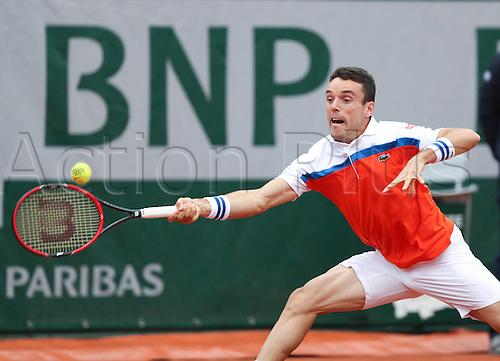 31.05.2016. Roland Garros, Paris, France. French Open tennis tournament. Roberto Bautista Agut  during his rain delayed match against Serbian Novak Djokovic