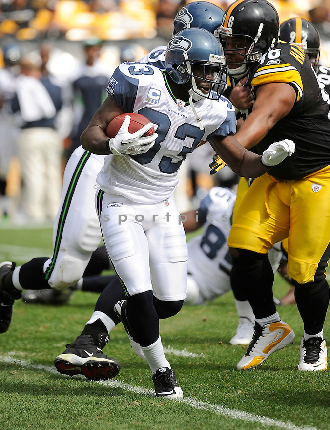LEON WASHINGTON, of the Seattle Seahawks, in action during the Seahawks game against the Pittsburgh Steelers on September 18, 2011 at Heinz Field in Pittsburgh, PA. The Steelers beat the Seahawks 24-0.
