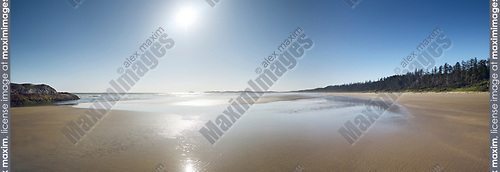 Pacific Rim National Park Reserve, Long Beach panoramic scenery at Green Point in bright summer sunshine. Pacific ocean shore at Tofino, Vancouver Island, BC, Canada Image © MaximImages, License at https://www.maximimages.com