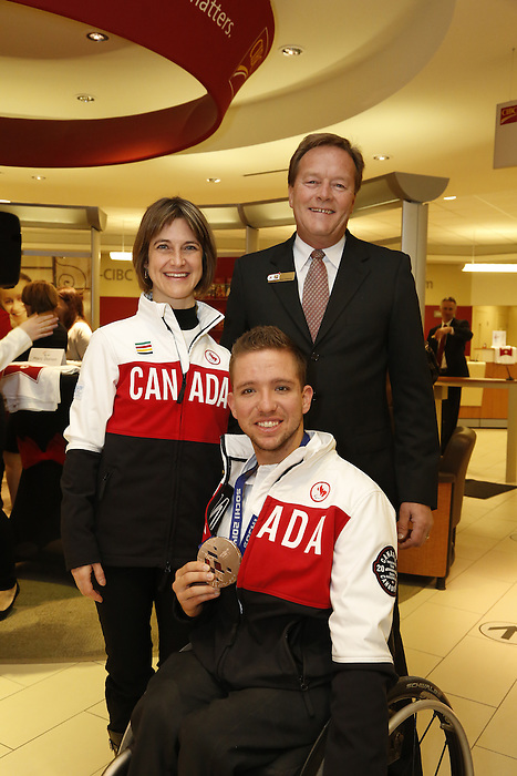 Ottawa, ON - March 28 2014 - Para-Nordic skier and biathlete Caroline Bisson and sledge hockey bronze medallist Marc Dorion with Dean Chapman – CIBC District Vice President, Ottawa District (Photo: Patrick Doyle/CIBC)