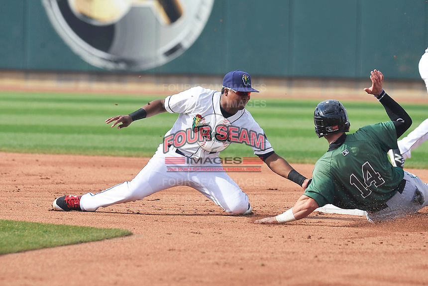 Cedar Rapids Kernels Luis Arraez (2) tags out runner at second base during the game against the Clinton LumberKings at Veterans Memorial Stadium on April 16, 2016 in Cedar Rapids, Iowa.  Cedar Rapids won 7-0.  (Dennis Hubbard/Four Seam Images)