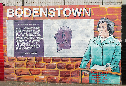 Belfast, Northern Ireland - August 14, 2005 -- Wall murals along Falls Road in Belfast, Northern Ireland on August 14, 2005.  Falls Road is in one of the Catholic neighborhoods in Belfast.  The murals reflect their political positions on many national and international issues..Credit: Ron Sachs / CNP