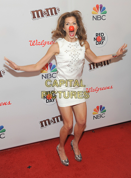 New York, NY-May 21:  Alysia Reiner attends NBC's 'Red Nose Day'  on May 21, 2015 at the Hammerstein Ballroom in New York City.  <br /> CAP/MPI/mpiSTE<br /> &copy;mpiSTEMediaPunch/Capital Pictures