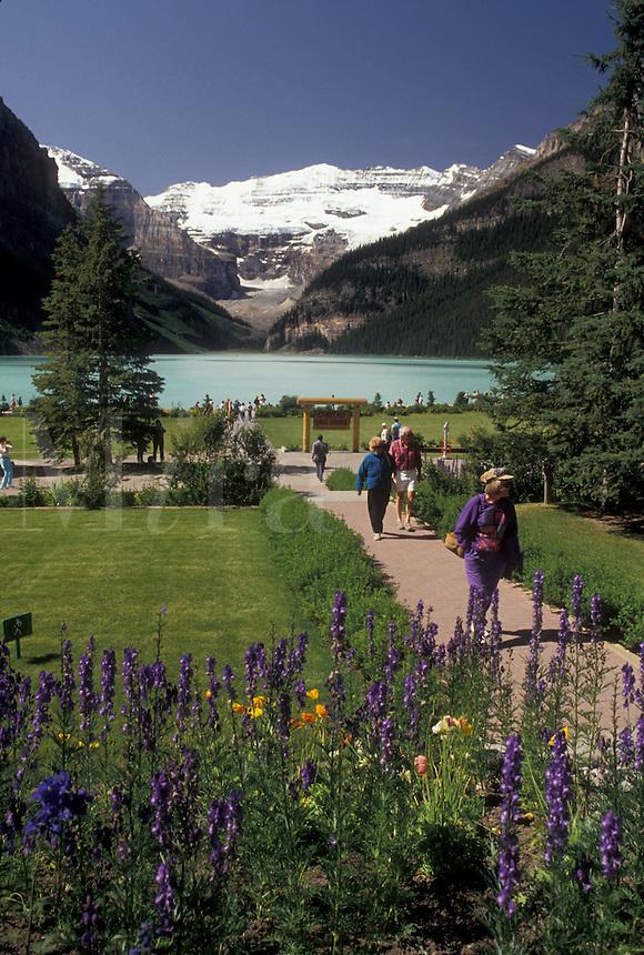 Banff National Park, lake, Canada, Alberta, Canadian Rockies, Scenic view of Lake Louise in Banff National Park in Alberta.