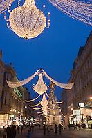 Europe/Autriche/Niederösterreich/Vienne: Détail des Maisons et décorations de Noël sur le Graben et La colonne de la Peste: Pestsäule