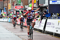 Picture by Alex Broadway/SWpix.com - 18/05/2017 - Cycling - Tour Series Round 5, Croydon - Matrix Fitness Grand Prix - Storey Racing's Elizabeth Jane Harris celebrates the win.