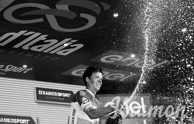 podium ceremony for stage winner Bob Jungels (LUX/Quick-Step Floors)<br /> <br /> Stage 15: Valdengo &rsaquo; Bergamo (199km)<br /> 100th Giro d'Italia 2017