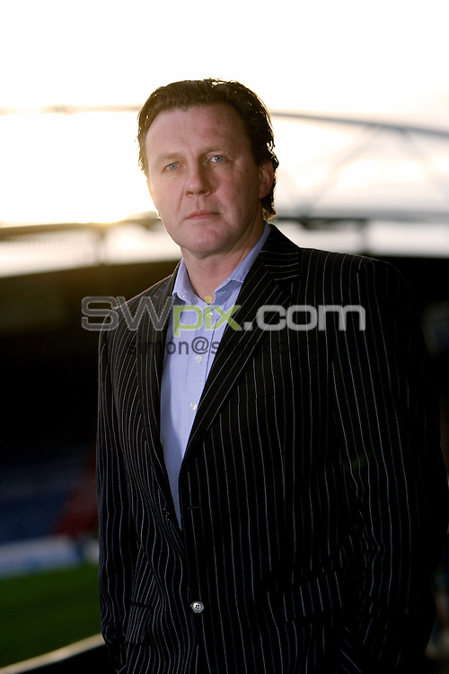 Pix by BEN DUFFY/SWpix.com......Peter Jackson - Huddersfield..... 05/01/06..Picture Copyright >> Simon Wilkinson >> 07811267706..Huddersfield town manager, Peter Jackson pictured at the clubs Galpharm stadium, Huddersfield