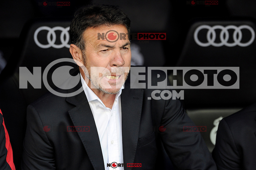 Granada´s coach Abel Resino during 2014-15 La Liga match between Real Madrid and Granada at Santiago Bernabeu stadium in Madrid, Spain. April 05, 2015. (ALTERPHOTOS/Luis Fernandez) /NORTEphoto.com