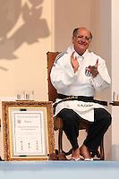 SAO PAULO, SP, 04.05.2015 - ALCKMIN-SP - O governador de São Paulo Geraldo Alckmin   durante cerimonia que recebe faixa preta honorária de Judô, no Palácio dos Bandeirantes, zona sul de São Paulo nesta segunda-feira, 04. O evento também marcou a inclusão da Copa São Paulo de Judô, no calendário oficial da Secretaria dos Esportes. (Foto: Douglas Pingituro/Brazil Photo Press/Folhapress)