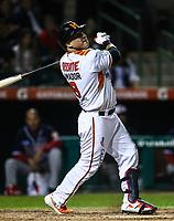 Jose Amador de los naranjeros en su turno al bat, durante el juego de beisbol de la Liga Mexicana del Pacifico temporada 2017 2018. Cuarto juego de la serie de playoffs entre Mayos de Navojoa vs Naranjeros. 05Enero2018. (Foto: Luis Gutierrez /NortePhoto.com)