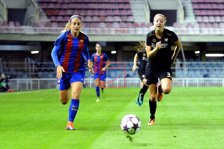 UEFA Women's Champions League 2016/2017.<br /> Round of 16 - First Leg<br /> FC Barcelona vs Twente: 1-0.<br /> Alexia Putellas vs Waldus.