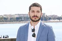 Dimitri Leonidas pose lors du photocall de RIVIERA pendant le MIPTV a Cannes, le lundi 3 avril 2017.