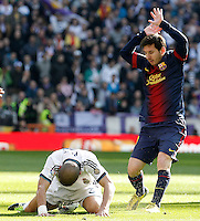 Real Madrid's Pepe (l) and FC Barcelona's Leo Messi during La Liga match.March 02,2013. (ALTERPHOTOS/Acero) /NortePhoto