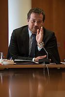 Pressegespraech zum NSU-Untersuchungsausschuss II des Deutschen Bundestag.<br /> Am Mittwoch den 17. Februar 2016 luden die stellvertretende Ausschussvorsitzende Susann Ruethrich (SPD) und der Obmann der SPD-Bundestagsfraktion Uli Groetsch (im Bild) zu einem Pressegespraech ueber das weitere Vorgehen im Ausschuss und geplante Zeugenvernehmungen.<br /> 17.2.2016, Berlin<br /> Copyright: Christian-Ditsch.de<br /> [Inhaltsveraendernde Manipulation des Fotos nur nach ausdruecklicher Genehmigung des Fotografen. Vereinbarungen ueber Abtretung von Persoenlichkeitsrechten/Model Release der abgebildeten Person/Personen liegen nicht vor. NO MODEL RELEASE! Nur fuer Redaktionelle Zwecke. Don't publish without copyright Christian-Ditsch.de, Veroeffentlichung nur mit Fotografennennung, sowie gegen Honorar, MwSt. und Beleg. Konto: I N G - D i B a, IBAN DE58500105175400192269, BIC INGDDEFFXXX, Kontakt: post@christian-ditsch.de<br /> Bei der Bearbeitung der Dateiinformationen darf die Urheberkennzeichnung in den EXIF- und  IPTC-Daten nicht entfernt werden, diese sind in digitalen Medien nach §95c UrhG rechtlich geschuetzt. Der Urhebervermerk wird gemaess §13 UrhG verlangt.]