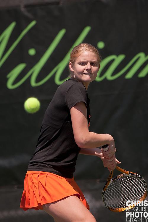 04/23/11 - Kalamazoo, MI:  Kalamazoo College women's tennis vs Coe.  Coe won the match 6-3.  Photo by Chris McGuire.