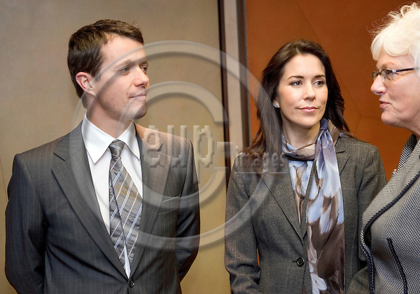 BRUSSELS - 06 November 2006 -- .Crown Prince Frederik of Denmark, Crown Princess Mary Elisabeth and the Danish Commissioner Mariann Fischer Boel at the EU Commission's Headquarters. -- PHOTO: THIERRY MONASSE / EUP-IMAGES..