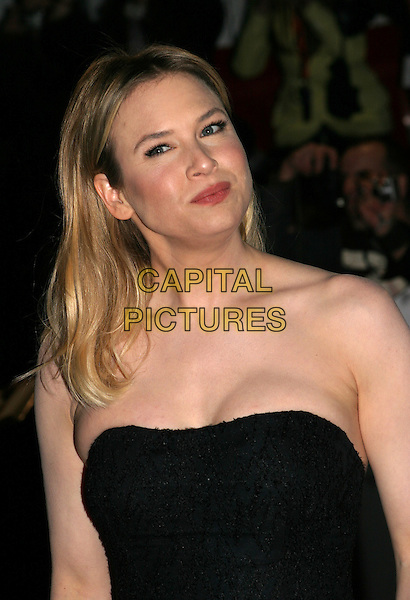 RENEE ZELLWEGER.Best Actress in a Supporting Role award winner.Bafta Awards - British Academy Awards.15 February 2004.www.capitalpictures.com.sales@capitalpictures.com.© Capital Pictures.