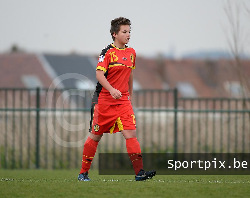 Women U15 : Belgian Red Flames - Nederland :<br /> <br /> A&iuml;sa Pareyn<br /> <br /> foto Dirk Vuylsteke / Nikonpro.be