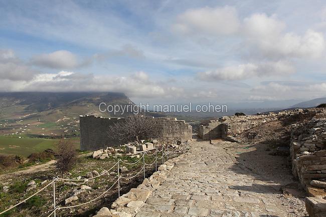 Entrance to the Roman theatre of Segesta, ca. 409 BC, Calatafimi-Segesta, Sicily, Italy. Picture by Manuel Cohen